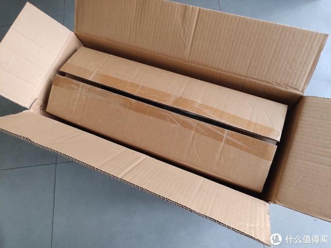 买了几台风扇还是头次遇到双层包装,有效避免物流中磕碰挤压造成的产品破损。