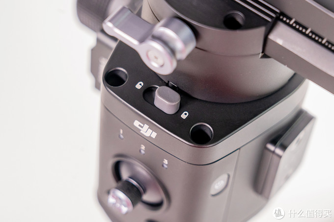 大疆如影SC评测:单兵作战适用的便携微单相机云台