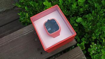 米兔3C儿童手表外观展示(屏幕|充电线|接口|摄像头|按键)