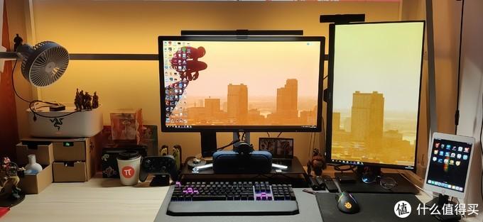 此图是我现在的书桌