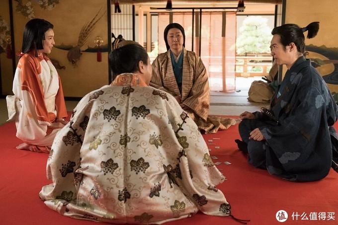 在为秀吉担任马廻众的时期,信繁认识了浅井茶茶(秀吉侧室,又名淀姬,在未来的大阪之战时候,信繁与茶茶站在了一起。关于浅井三姐妹的事迹,在江-公主的战国这一部大河剧里面有比较详细的描写。)。