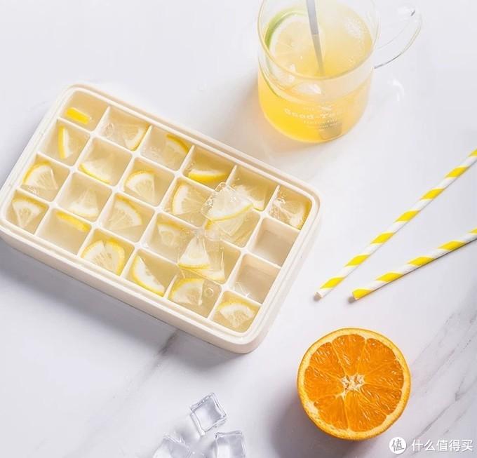 一人食也不怕浪费,最适合保存百香果和柠檬切片的冰格