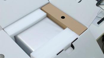 铁威马F4-421商用存储器外观展示(正面|配件|适配器|尺寸|外壳)