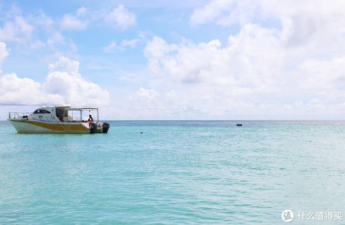 只为了在亚庇最原始的环滩岛浮潜,我在船上颠簸了60分钟