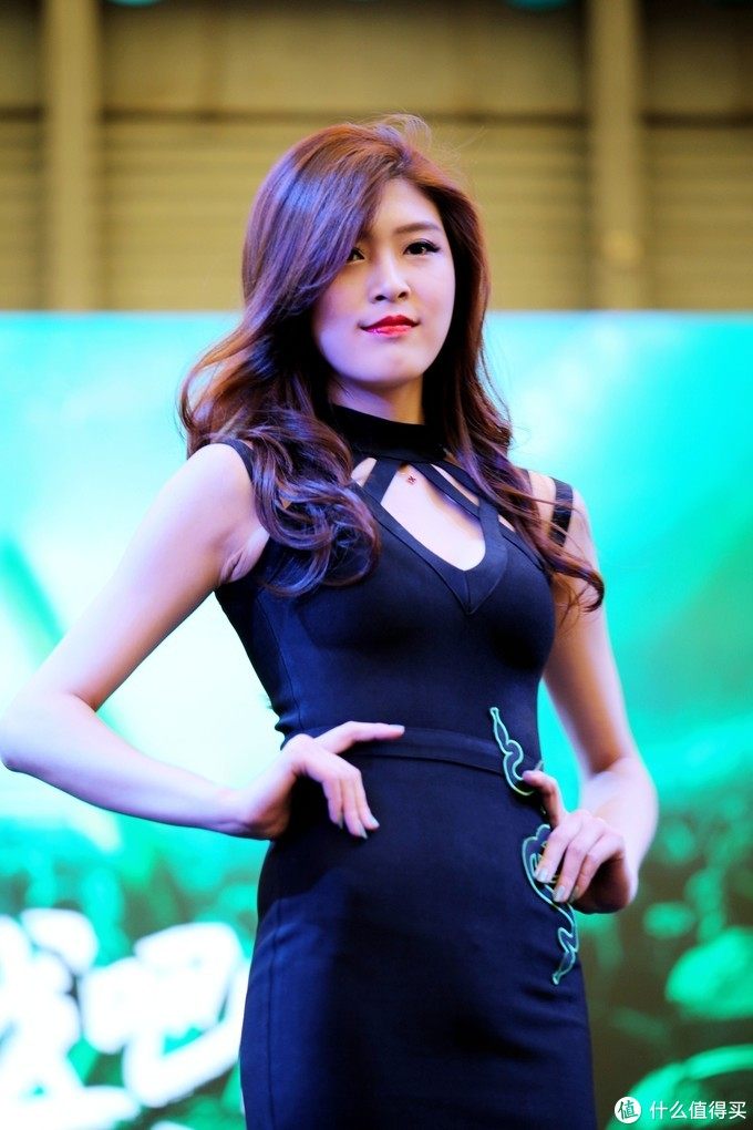 逛ChinaJoy2019,拍showgirl(雷蛇展台)