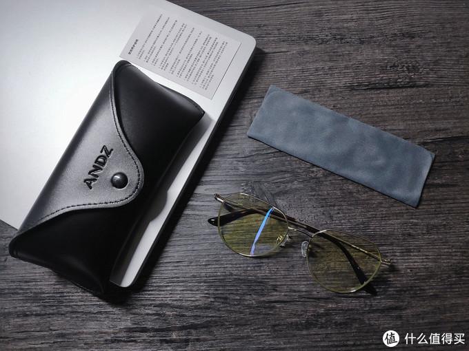 时尚耐看,轻便舒适,ANDZ金属几何框防蓝光眼镜轻松解决长时间看手机电脑那些事儿
