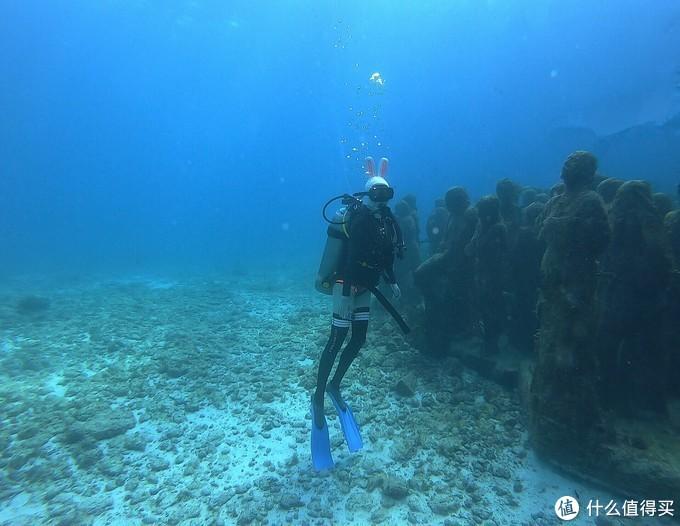 坎昆有一个让所有中国人熟悉的景点,水下博物馆