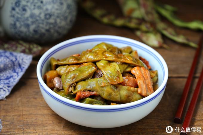 东北人就爱这道农家菜,菜园子里摘一盆,无需过多调料,一炖一锅