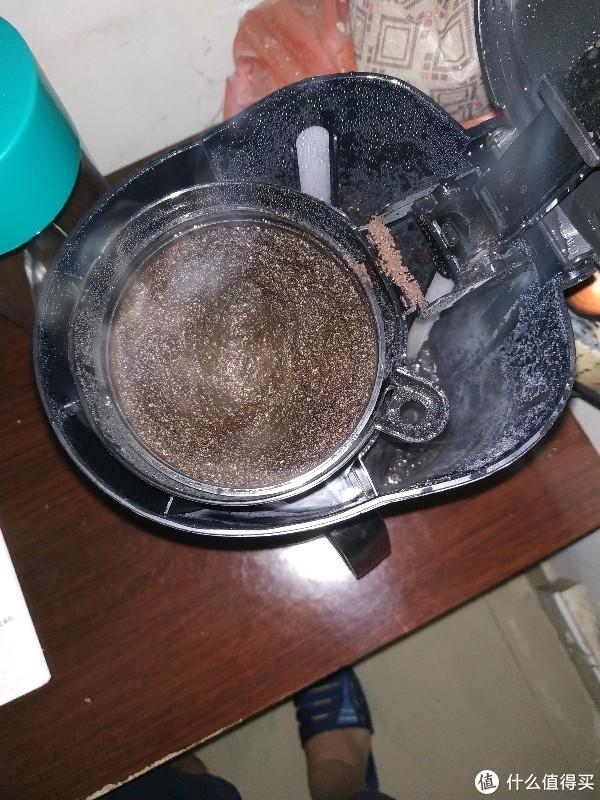 """已被""""萃取""""的咖啡粉"""