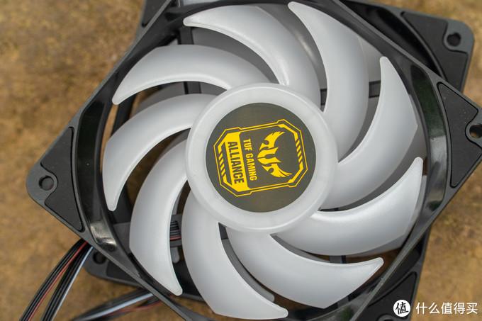 别无他选,ID-Cooling AURAFLOW X 240 TGA 一体水冷开箱简评