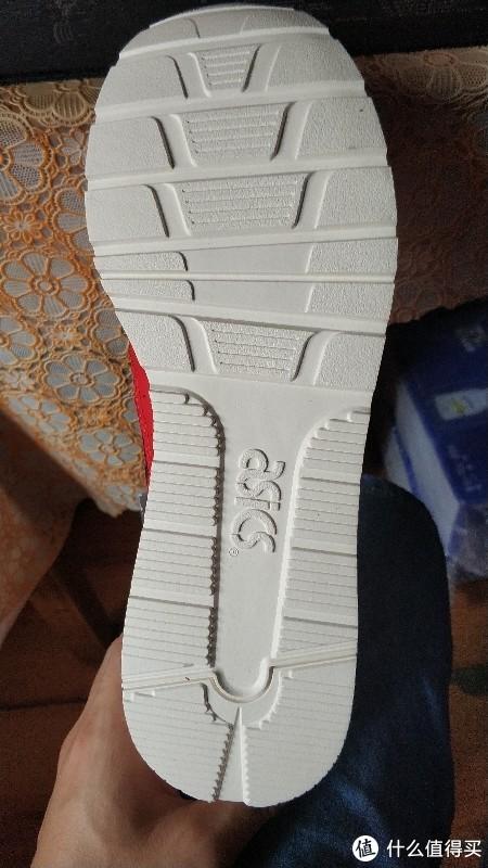 88节购入的361°复古休闲老爹鞋与asics复古休闲鞋