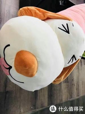 没有安全感的我,喜欢抱着抱枕玩偶入眠