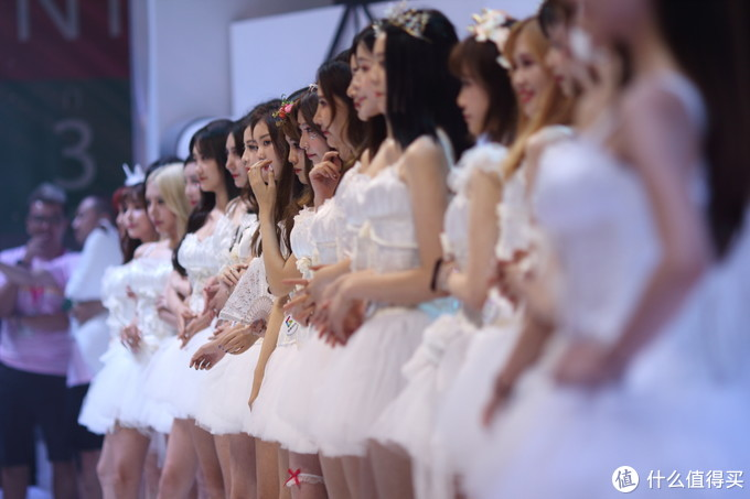 因游戏而起,凭showgirl而红!ChinaJoy已经成为一个符号。依旧希望CHINAJOY不仅仅只是游戏~