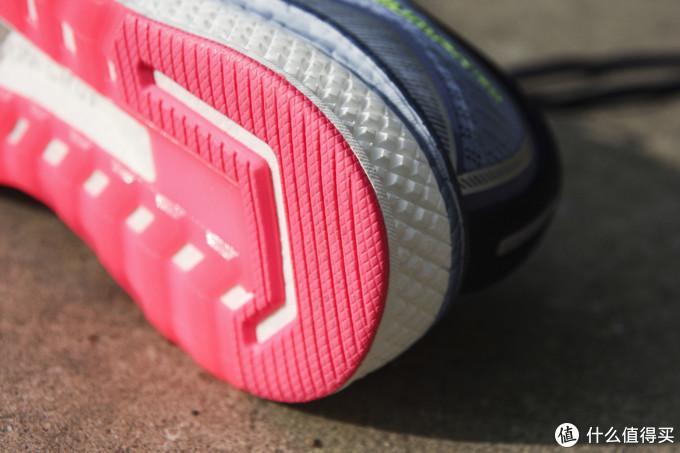 Saucony索康尼 Triumph iSO 5 助你跑的更远的不是侥幸,是鞋