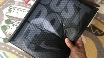 Nike ELITE LIGHTWEIGHT CREW跑步袜外观展示(脚背|袜筒)
