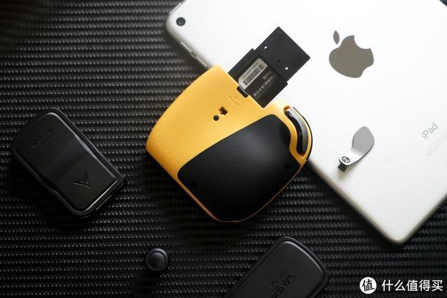 iPad外设又现精品,飞智黄蜂2单手手柄开箱:手游玩家的福音
