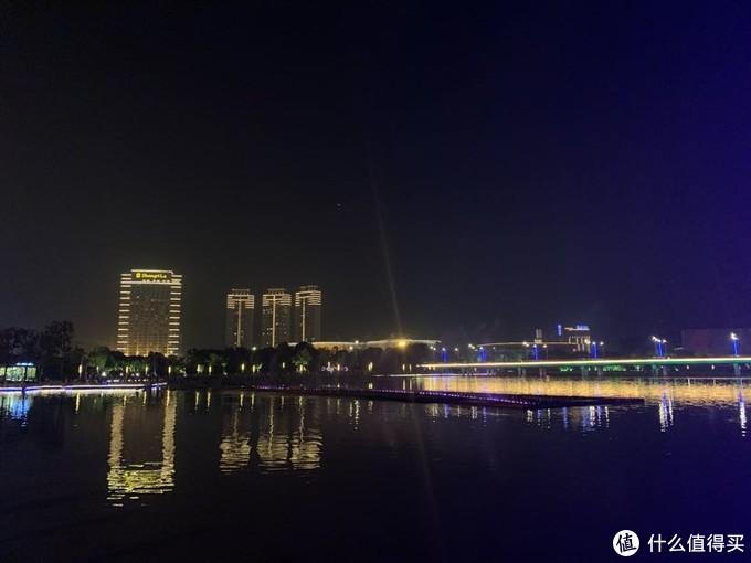 明月湖夜景