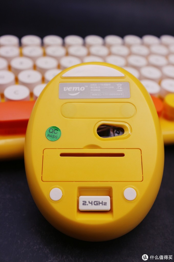 去吧,皮卡丘!!在最后的夏日时光,萌一把!威漫优创 WM3C-17 仲夏萌心键鼠套装评测