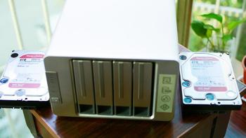 铁威马F4-421安装情况(容量 接口 卡扣)