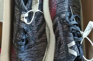 Adidas Pure Boost Go跑鞋开箱展示(鞋舌|鞋垫|鞋底)
