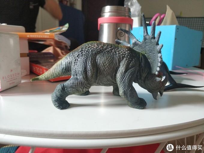 图书馆猿の活石 (LIVING STONES) 恐龙仿真模型套装简单晒