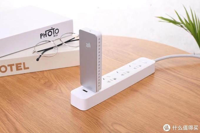 口袋网盘可直接插在USB接线板上