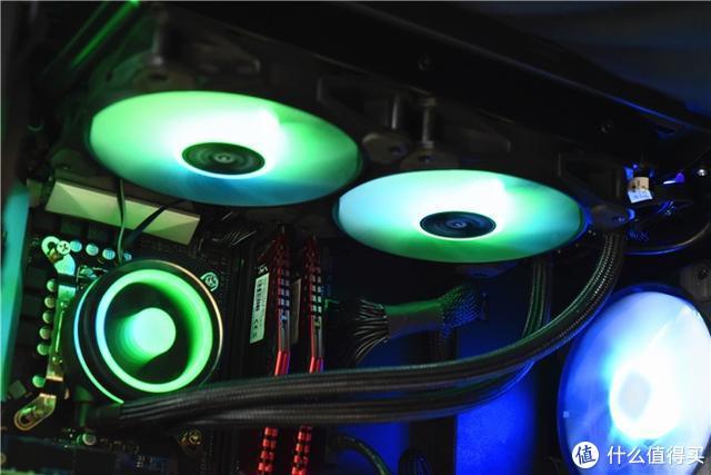 夏日里的电脑机箱,风冷再好也敌不过水冷散热带来的低温