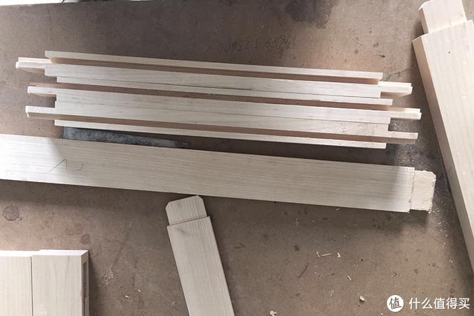 制作中的硬枫家具,榫卯已完成