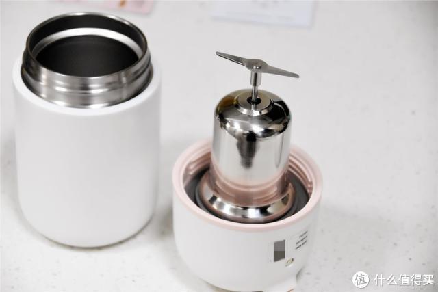 九阳推出随身豆浆机,体积小巧,还有焖烧功能