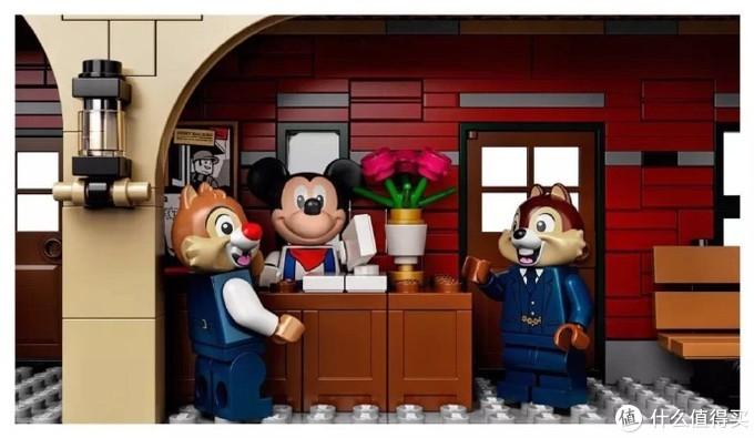 欢迎来到乐高世界:乐高迪士尼火车及候车楼公开!