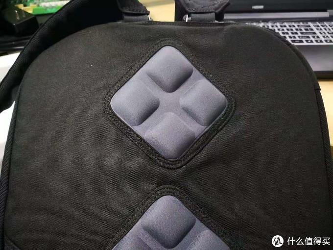 对 KROCEUS BLACK VELVET 24 背包的吐槽