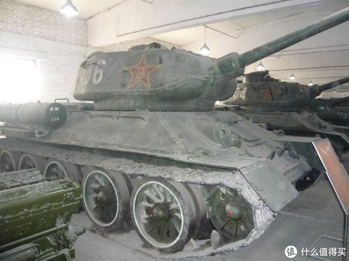 我在北京昌平坦克博物馆拍摄的解放军涂装的T-34/85