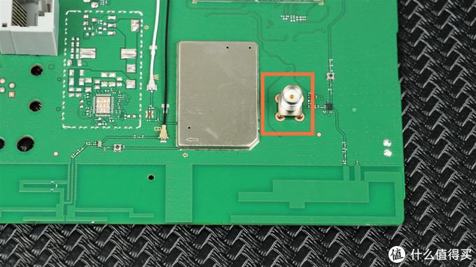 华为移动路由4G路由2 Pro开箱评测与拆解,你想了解的都在这