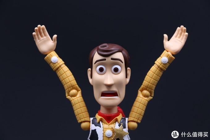 再见胡迪,保重巴斯—万代拼装人偶《玩具总动员4》感动留念