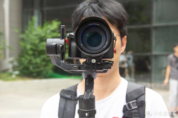 初学者如何快速提升拍摄质量?答:先求稳!