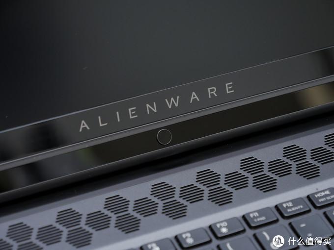 震惊!我竟然把朋友3w买的Alienware M17 R2给拆了