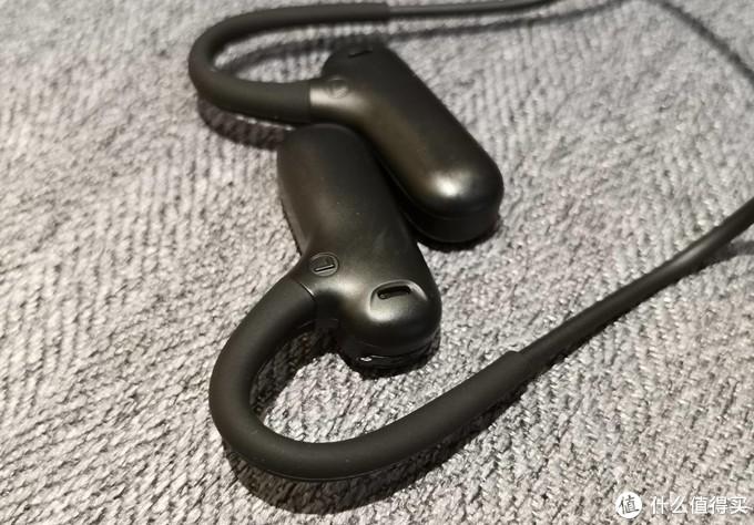 安全与音乐兼顾,Ucomx Airwings外放不入耳运动蓝牙耳机体验
