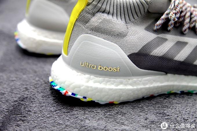 一双比跑步更适合走路的BOOST-ADIDAS ULTRA BOOST MID跑鞋晒单