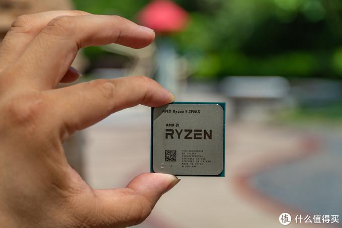 RX5700 XT 2304SP 是什么鬼!蓝宝石 RX 5700 8G 白金版变形记