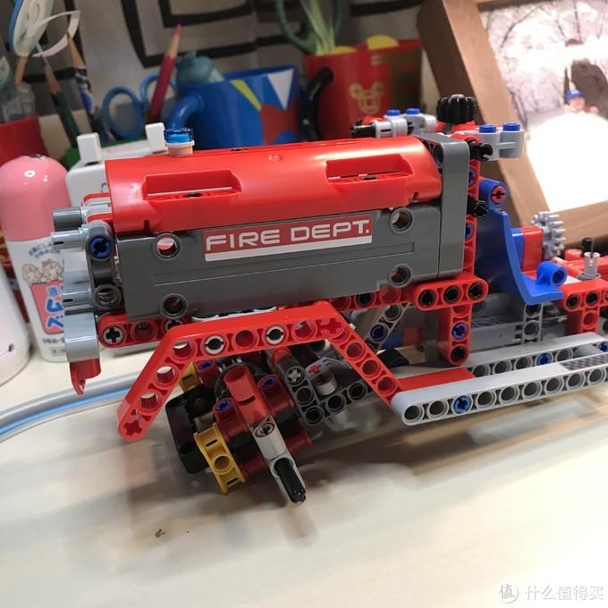 LEGO 机械组 Technic 42075 紧急救援车
