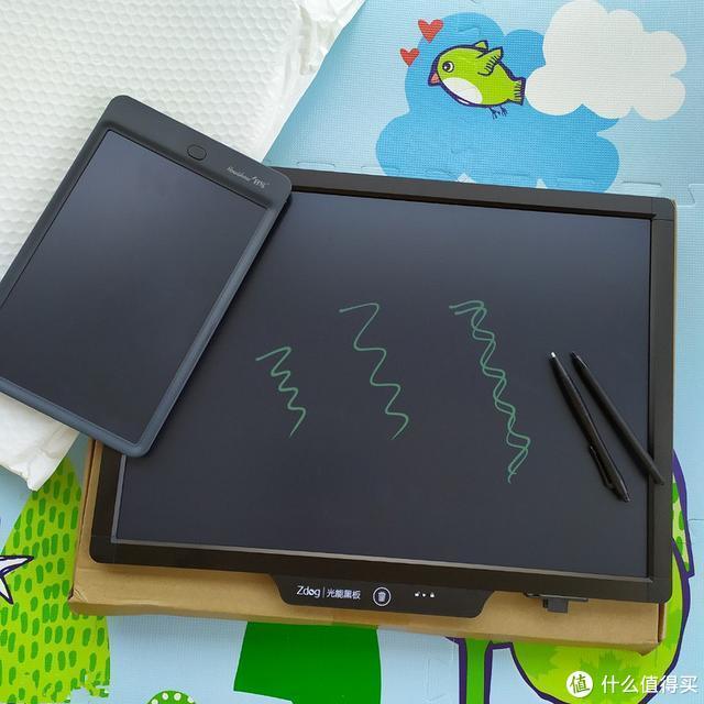 液晶写字板深度体验报告:护眼手感两不误,一大一小刚刚好