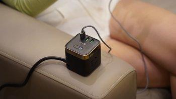 公牛防过充魔方USB插座(尊享版)机身设计(按键|指示灯|接口|保护门|材质)