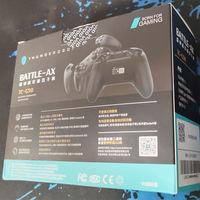 雷神G50游戏手柄包装介绍(充电线 说明书 外壳 按键)