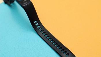 荣耀手环5操作体验(屏幕|材质|佩戴|表带|传感器)