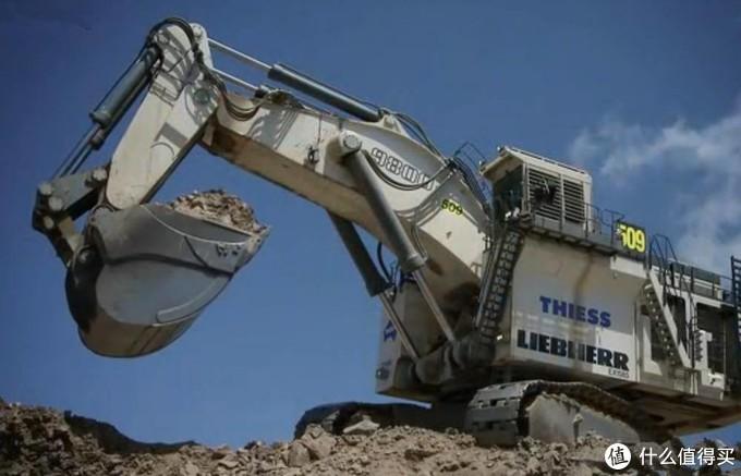 欢迎来到乐高世界:挖掘机哪家强?科技旗舰挖掘机10月上市