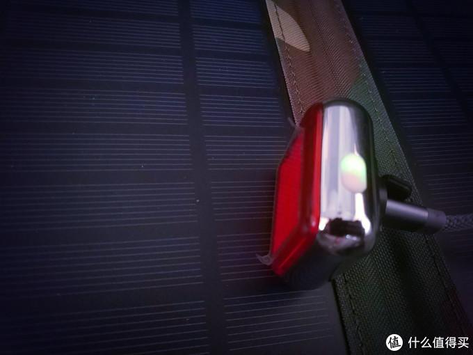 夜骑的守护之光--迈极炫智能警示尾灯SEEMEE 60测评