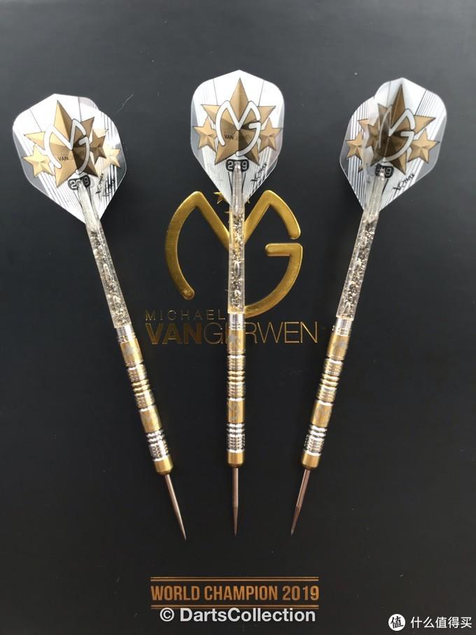 飞镖收藏开箱评测——Michael Van Gerwen 3 Time World Champion 2019 Limited Edition