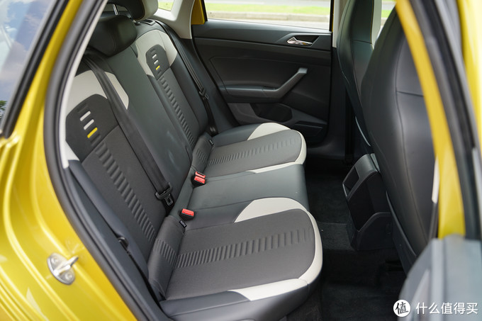 PoloPlus后排座椅