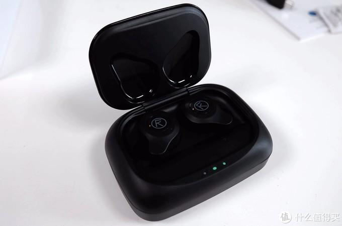 为什么评价差很大?创新OutLier AIR TWS蓝牙耳塞开箱评测