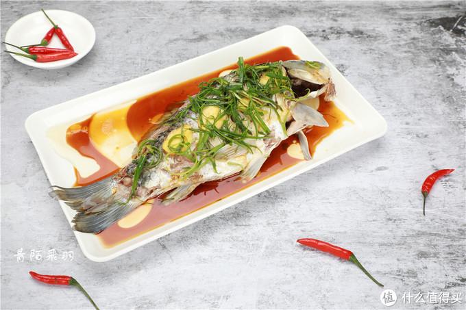 爱吃鲫鱼的你,一定要知道这个做法,鲜美无比,不用下馆子